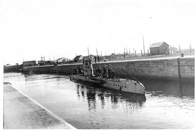 UB-II in the sealock in Zeebrugge