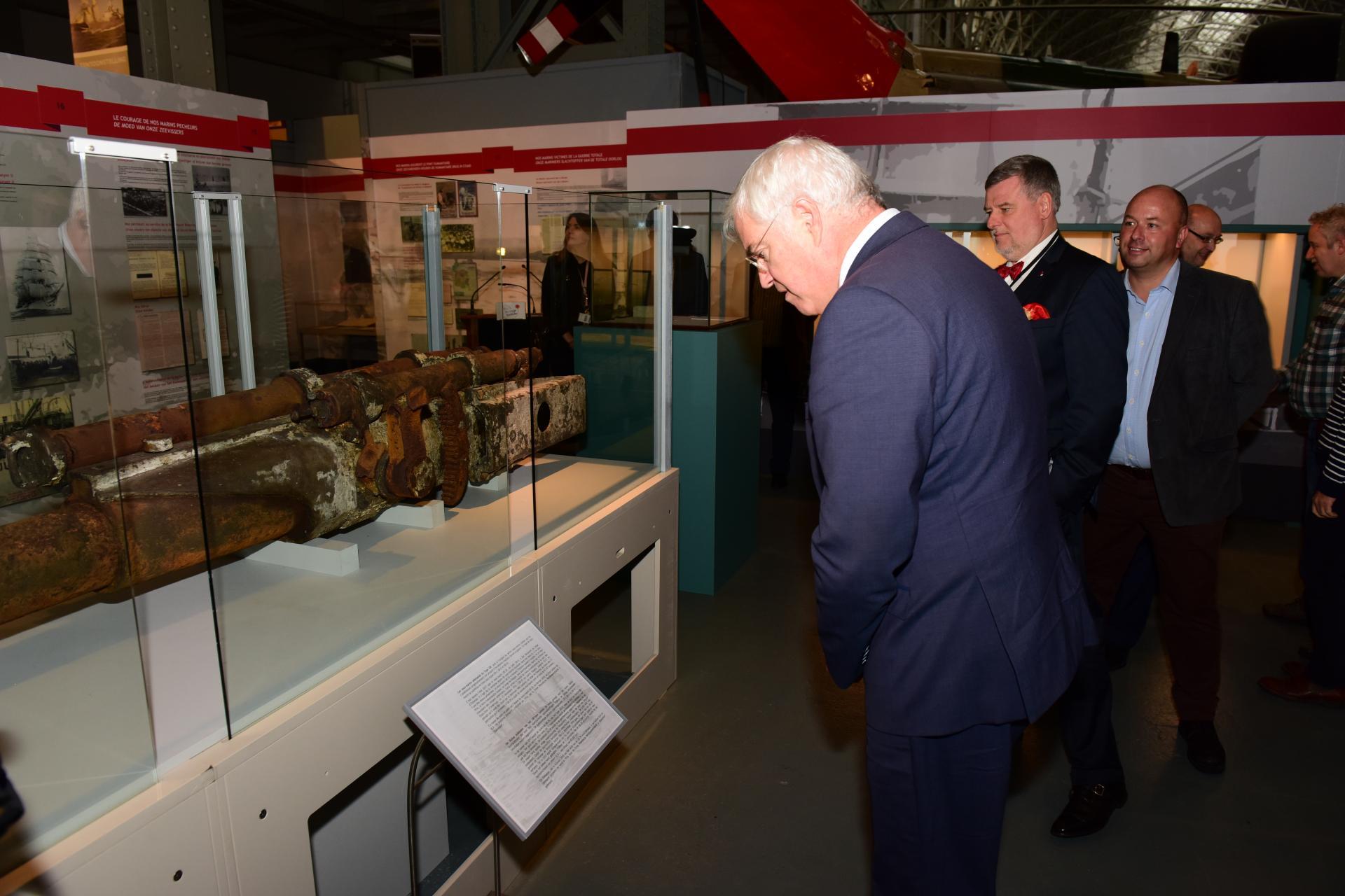 Bezoek War Heritage Institute