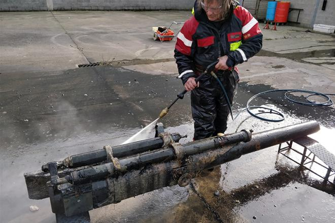 Cleaning of the gun of the UB-29